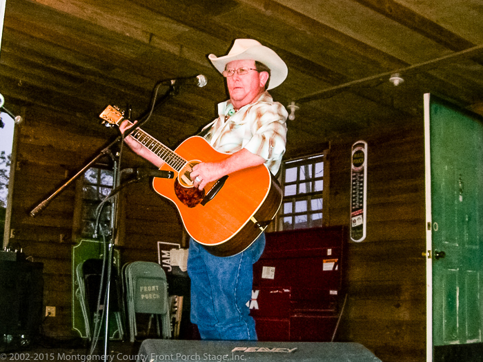 Rodger King performs on the Front Porch Stage