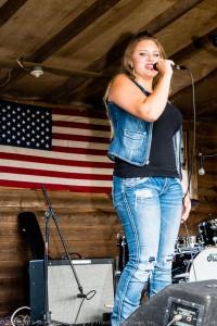 Klair Ann entertains the Front Porch Stage crowd!